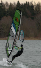 Windsurfer am Oberrieder Weiher
